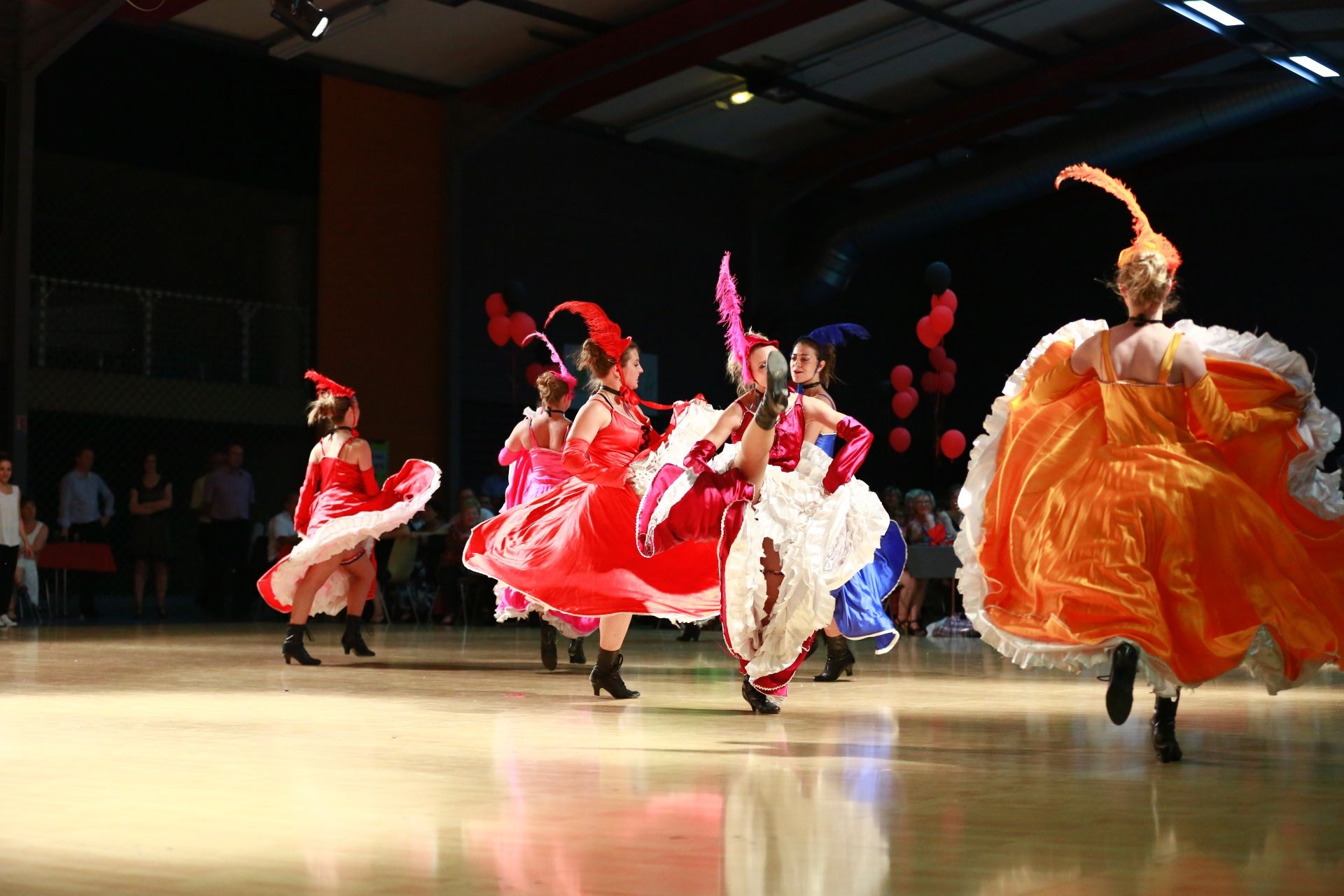 K DANSE FRENCH CANCAN (01)