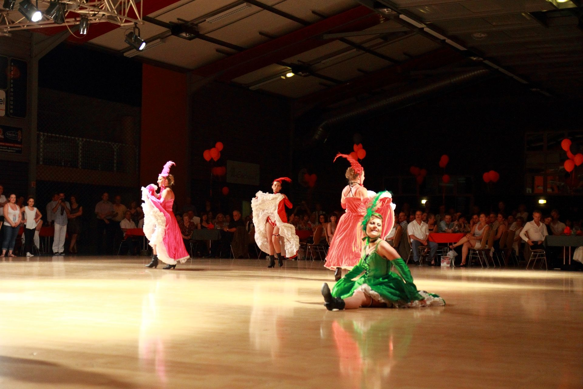 K DANSE FRENCH CANCAN (73)