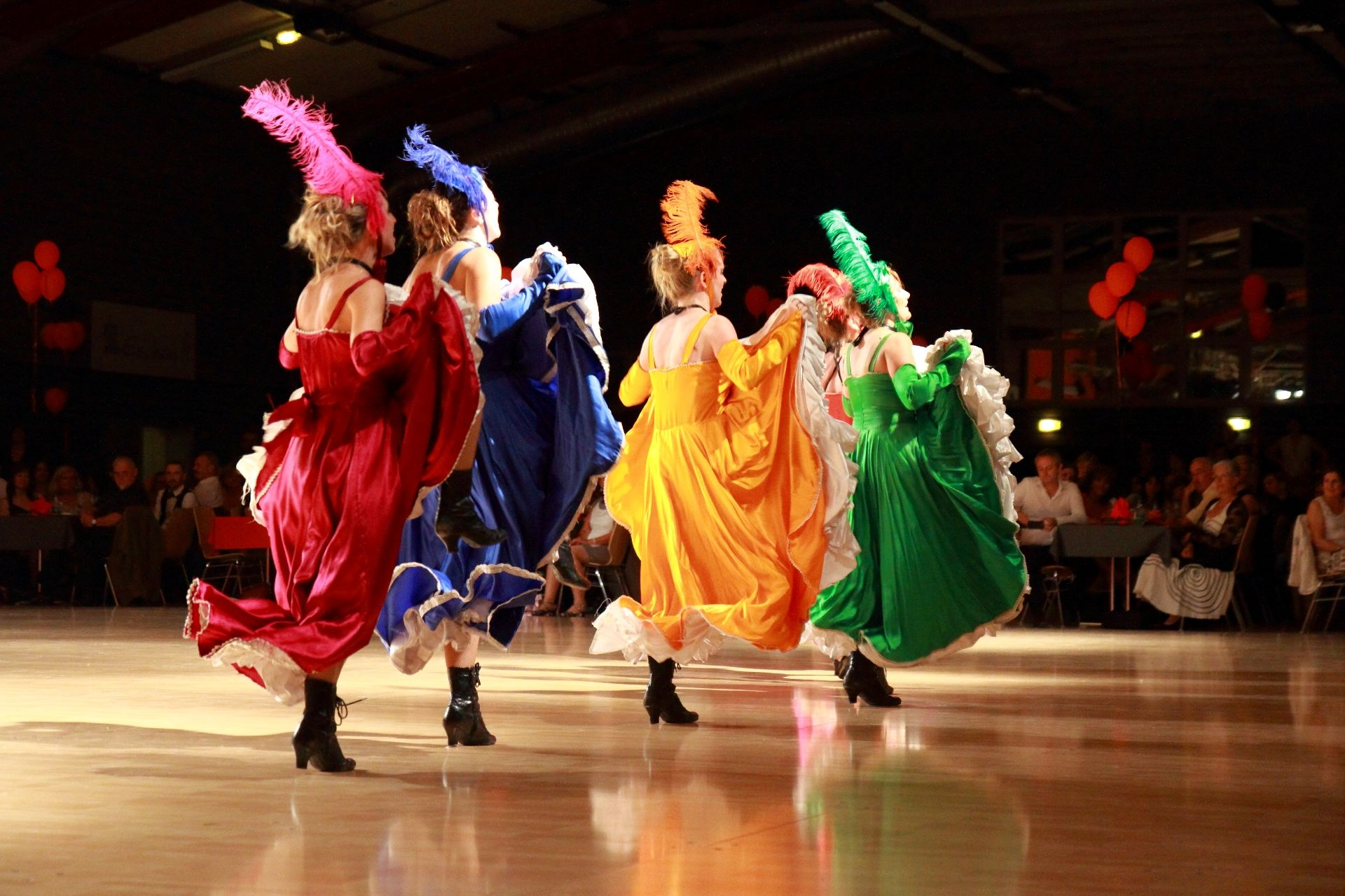 K DANSE FRENCH CANCAN (83)