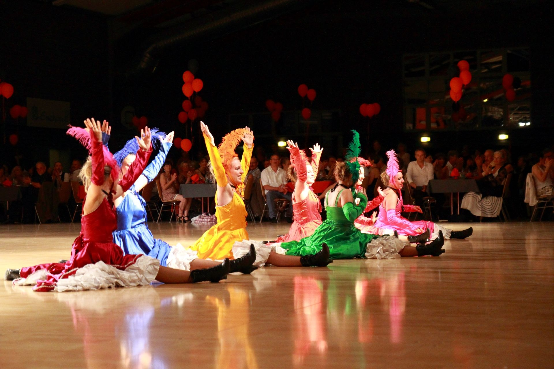K DANSE FRENCH CANCAN (96)