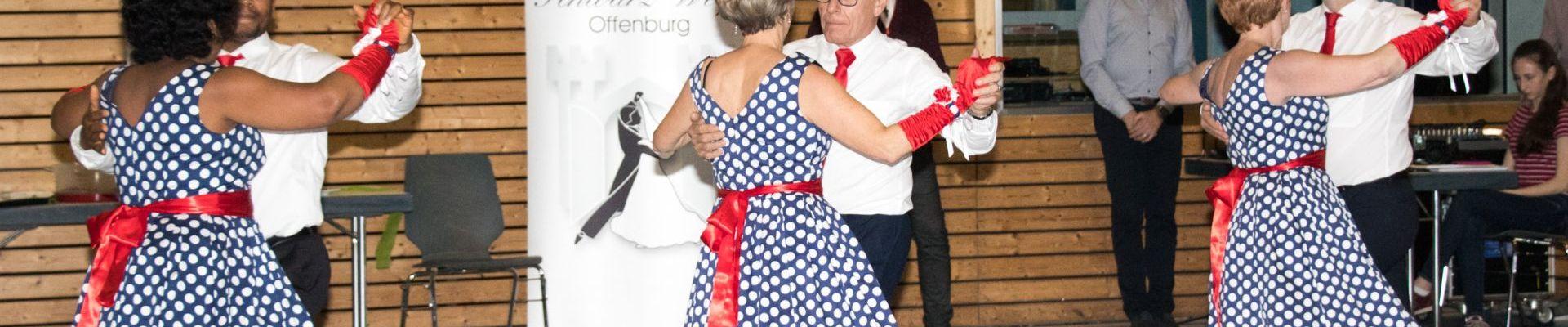 Read more about the article Démonstration au Club de danse d'Offenburg