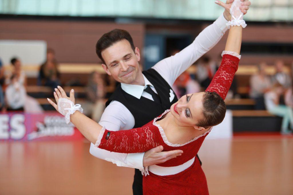 Compétition de danse de salon Rémy et Nataliia FUCHS, prof de danse du club d'Eschau